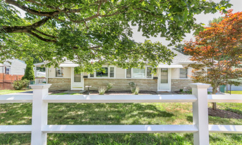 New Listing First Glance! Multi-Family Home in Norwood