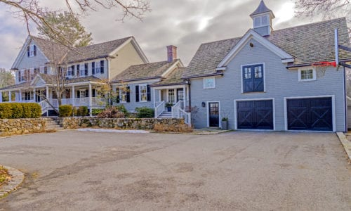 Front Exterior Photograph of 62 Strawberry Hill Street, Dover MA