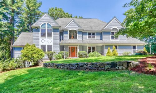 Front Exterior Photograph of 12 Pettees Pond Lane, Westwood MA