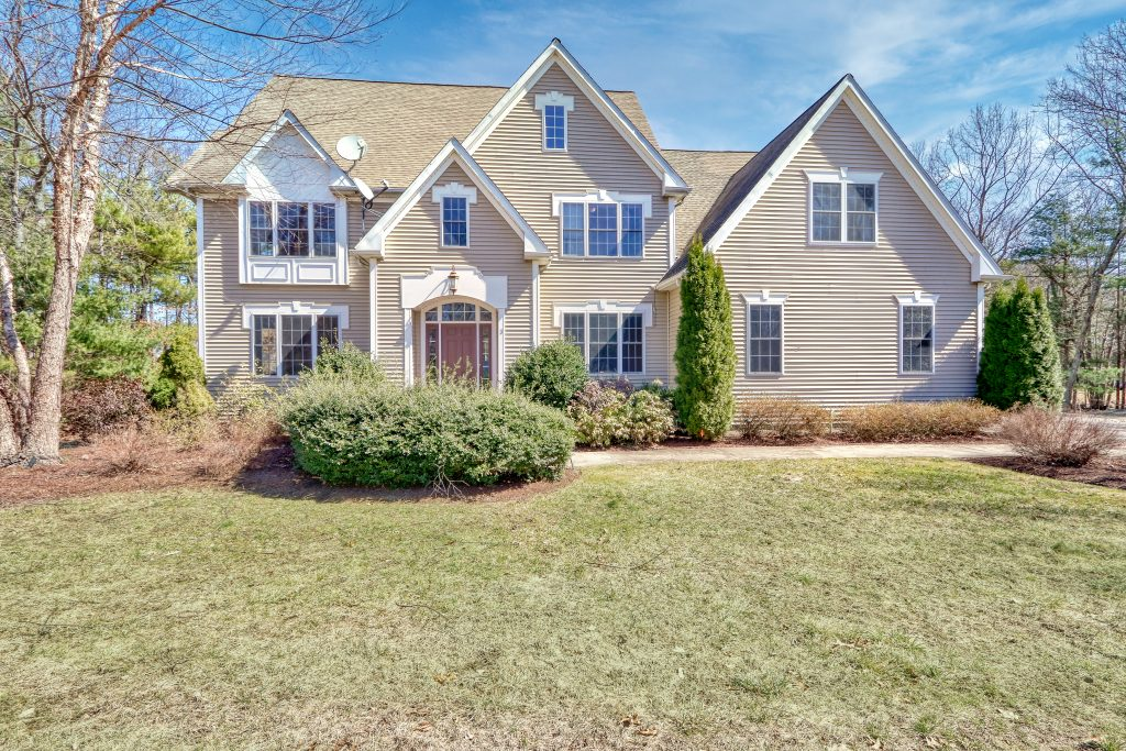 Front Exterior Photograph of 3 Lt. Anderson Drive, Foxboro MA