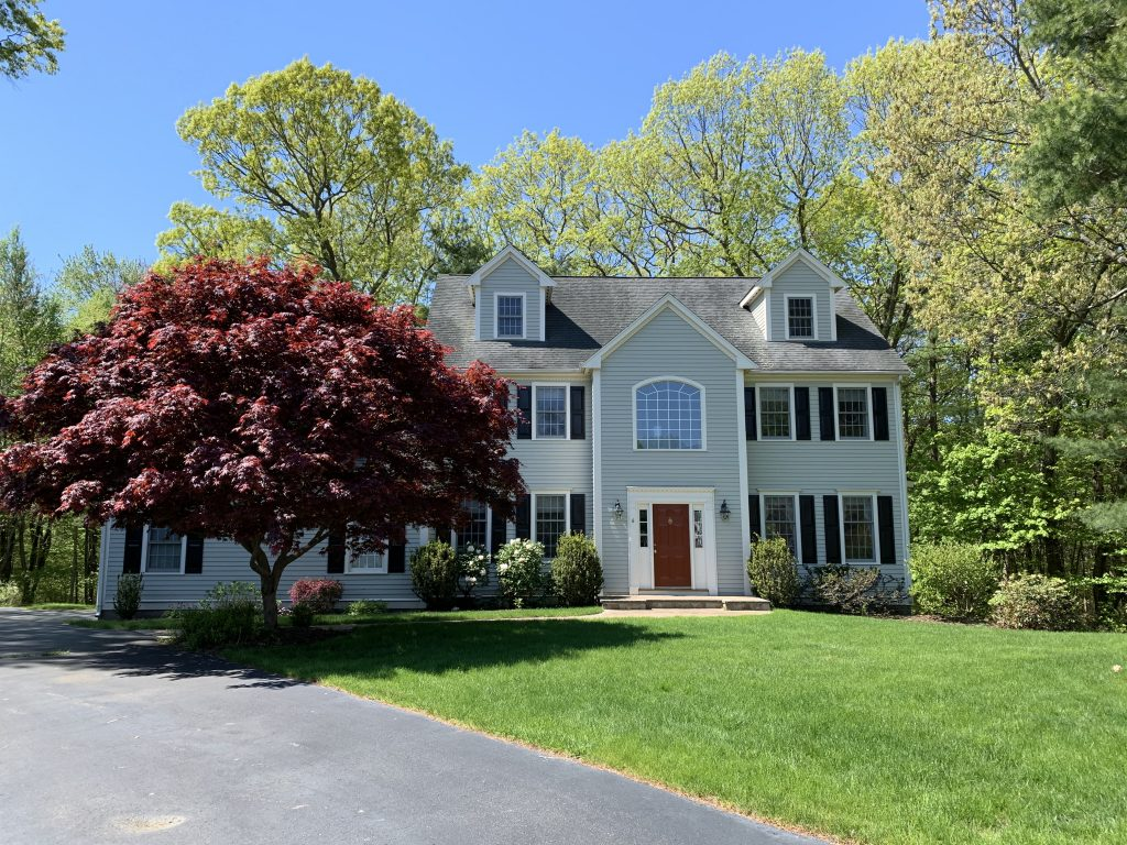 Front Exterior Photograph of 6 Chickadee Lane, Westwood MA