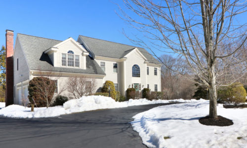 Spacious Colonial Under Agreement