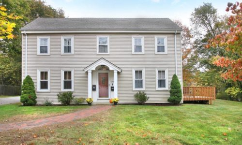 Beautiful Colonial Home Is Sold