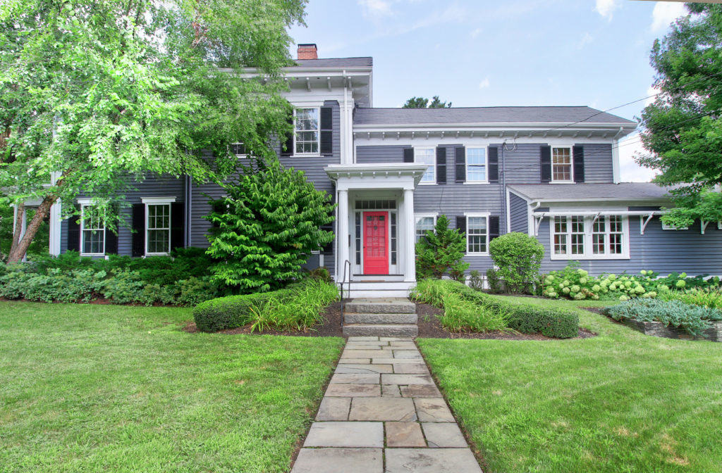 Front Exterior Image of Sold Listing 902 High Street in Dedham MA