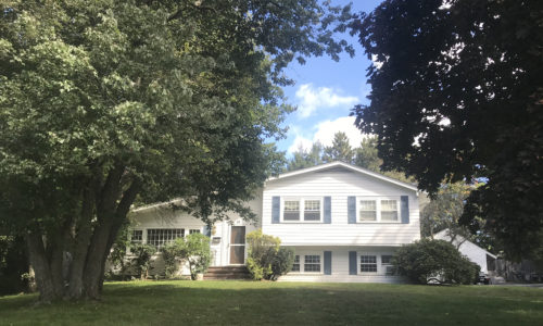 Front Exterior Photograph of 28 Phillips Brook Road in Westwood MA